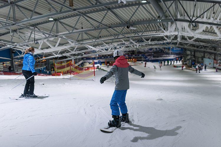 2 uur indoor ski�n of snowboarden bij de Uithof (2 p.)