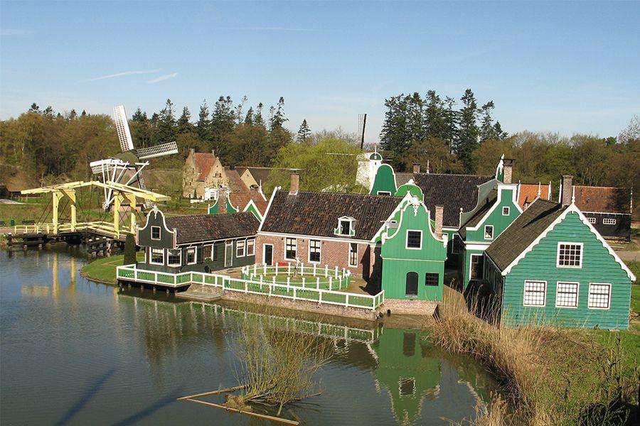 Dagje naar Nederlands Openluchtmuseum in Arnhem (2 p.)