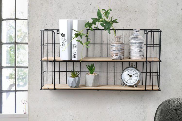 Metalen muurrek met houten plankjes (32 cm hoog)
