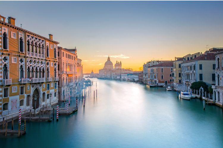 Korting ✈ Stedentrip 2 nachten nabij romantisch Venetië