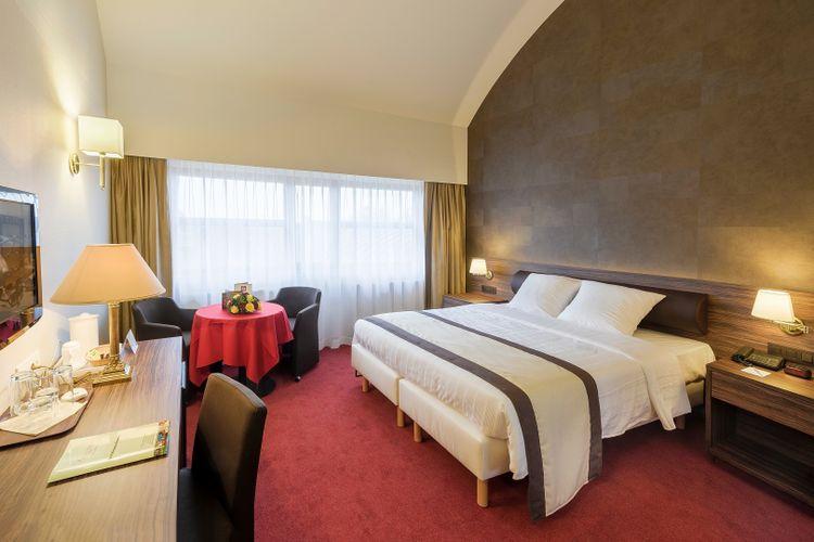 Korting 1 overnachting met ontbijt in Hotel de en apos Medici in Brugge