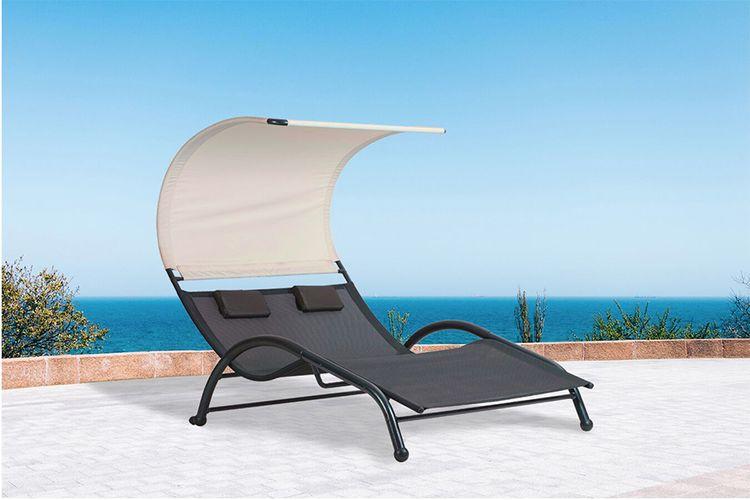 2-persoons loungebank met zonnescherm van Feel Furniture