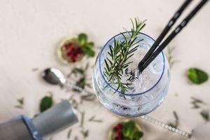 Gin- of rumproeverij bij MixxiM in Zutphen (2 p.)