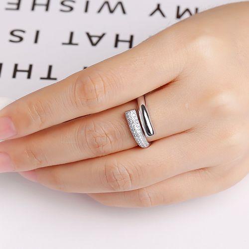 Multimaat ring met zirkonia's