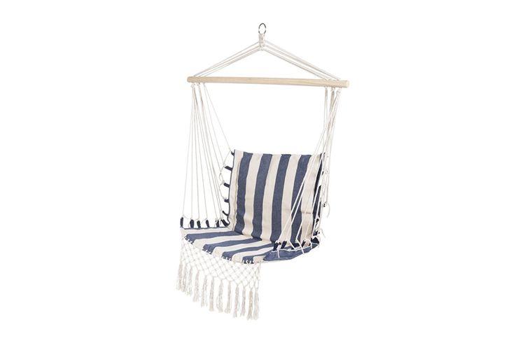 Blauw-wit-gestreepte hangstoel van Lifa Garden