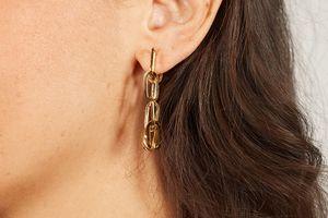 Schakel-oorbellen van Laura Ferini