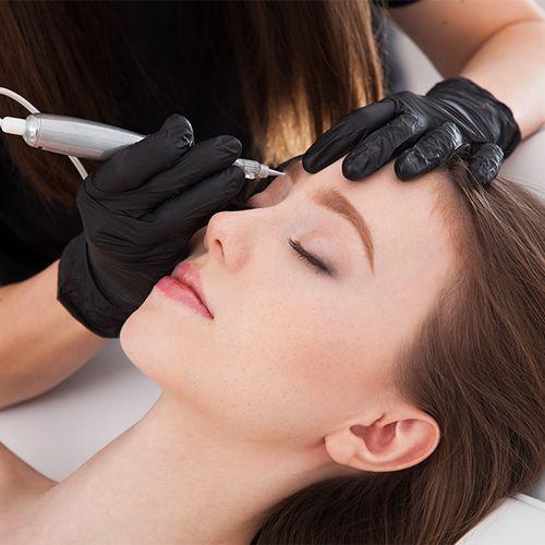 Korting Permanente make up voor je wenkbrauwen bij SkinTouch