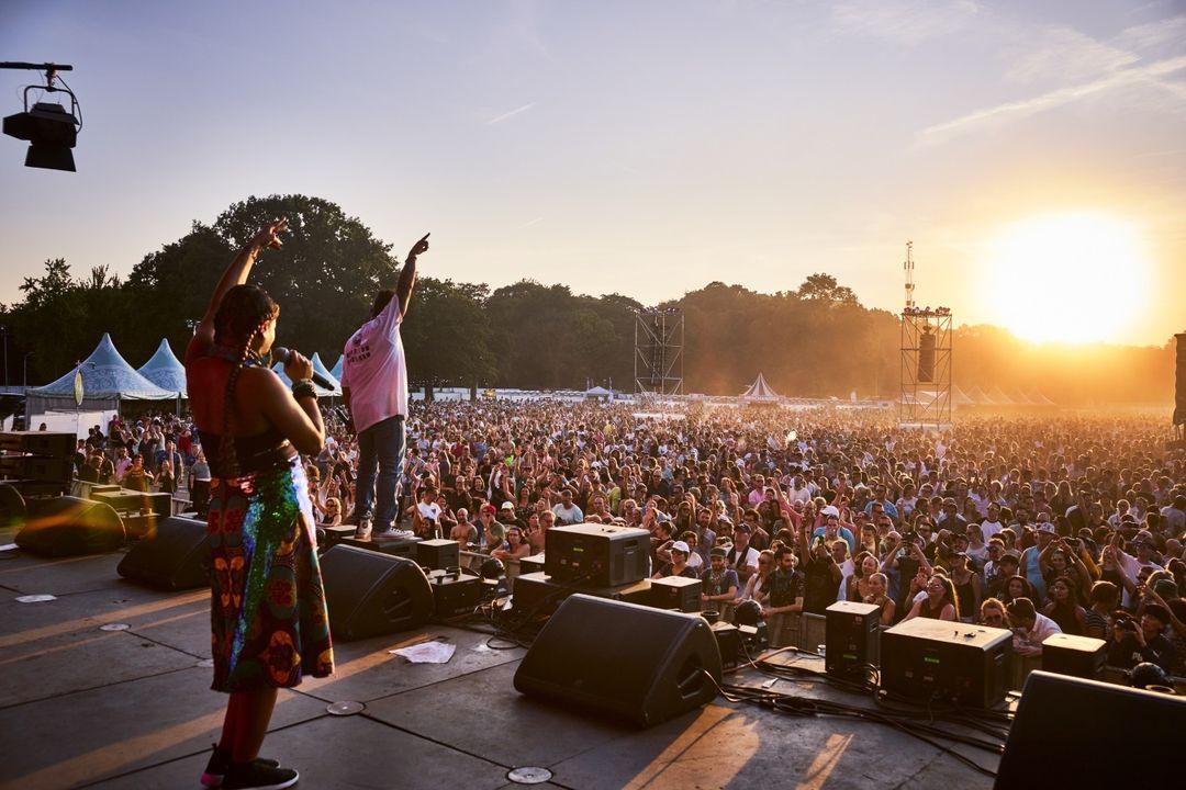10de editie We love the 90's Festival in Nijmegen (2 p.)